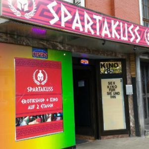 Sexy Eiersuche im Spartakuss Kino