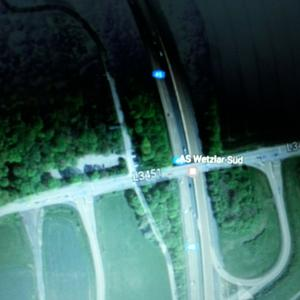 An der A45 Abfahrt Wetzlar Süd raus bis zur Ampel